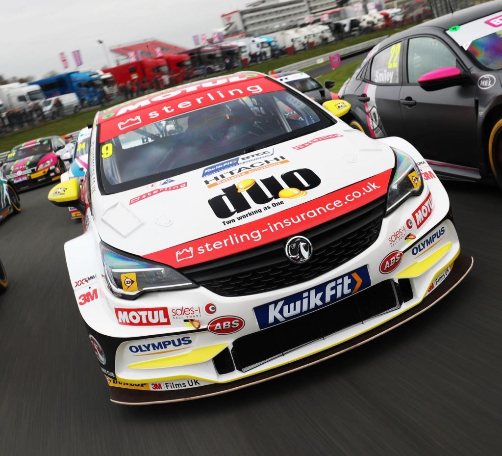 Absolute Alignment Renews Technical Partnership with Top BTCC Team